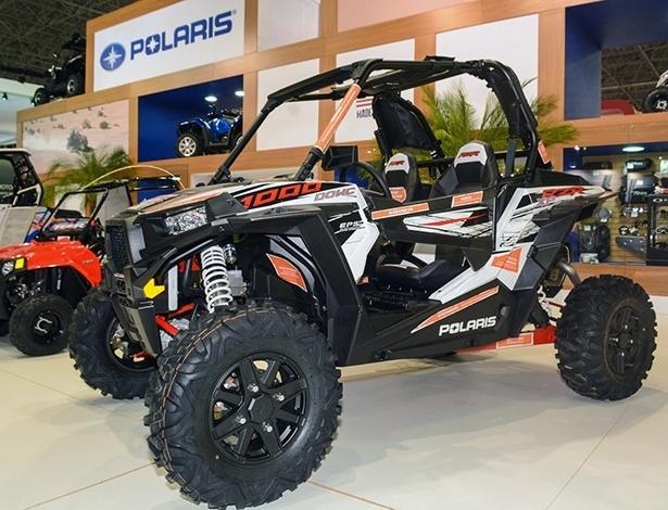 Entre quadriciclos e side-by-side, RZR XP 1000 tem 108 cv e preço de carro de luxo