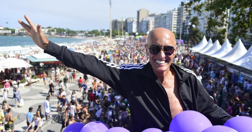 13.out.2013 - Amin Khader durante a 18ª edição da Parada do Orgulho LGBT no Rio