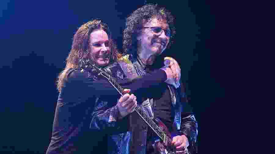 Ozzy e Tony Iommi em show do Black Sabbath no Rio, em 2013 - Julio Cesar Guimaraes/UOL