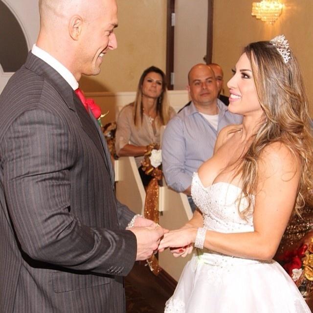 Casamento da ex-BBB Michelly Crisfepe, em Las Vegas