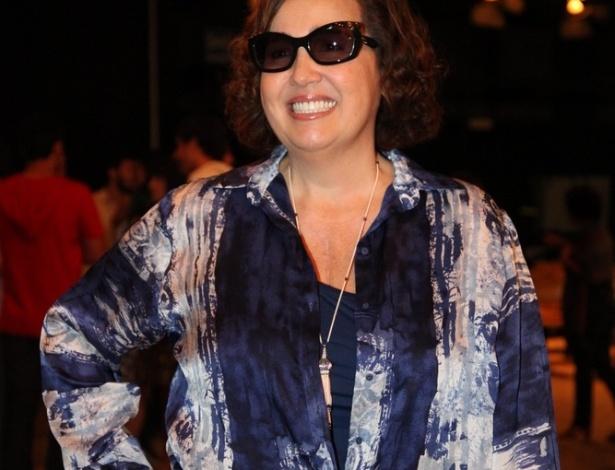 """15.out.2013 - Claudia Jimenez posa para fotos na apresentação da nova novela das sete, """"Além do Horizonte"""""""