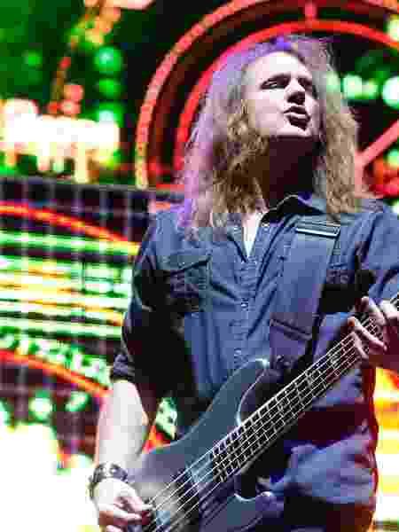 15.out.2013 - O grupo Megadeth, liderado pelo vocalista e guitarrista Dave Mustaine, se apresenta na esplanada do estadio do Mineirao, em abertura ao show do Black Sabbath - Marcus Desimoni/UOL