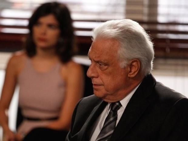 """Em """"Amor à Vida"""", Pilar fica com metade do hospital"""