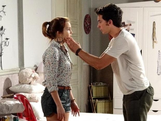 """Em """"Malhação"""", Anita decide dar um tempo no namoro com Ben"""