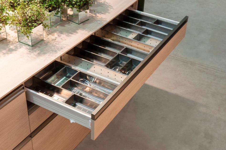 As gavetas da linha Orga-Line da Dell Anno (www.dellanno.com.br), em