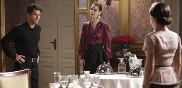 """Em """"Joia Rara"""", Sílvia faz escândalo ao flagrar Franz e Amélia juntos"""