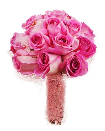 O buquê de flores rosas ganha um visual todo especial com fita na mesma cor entre as flores. Para a haste, o arranjo acima foi revestido por uma linha no mesmo tom bem fininha, dando um aspecto de ninho ao caule