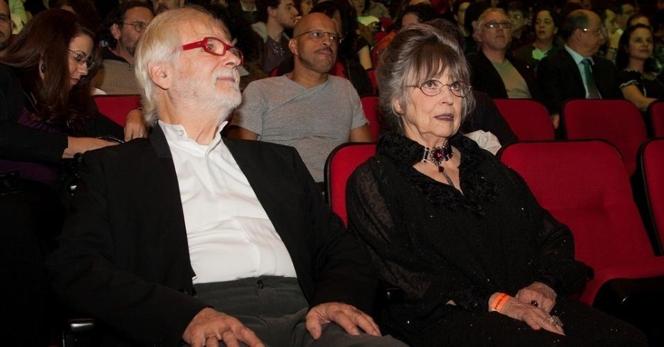 17.out.2013 - Jan Harlan, produtor e cunhado de Stanley Kubrick, e Christiane Kubrick, viúva do cineasta, assistem à abertura da Mostra de São Paulo, no Auditório Ibirapuera