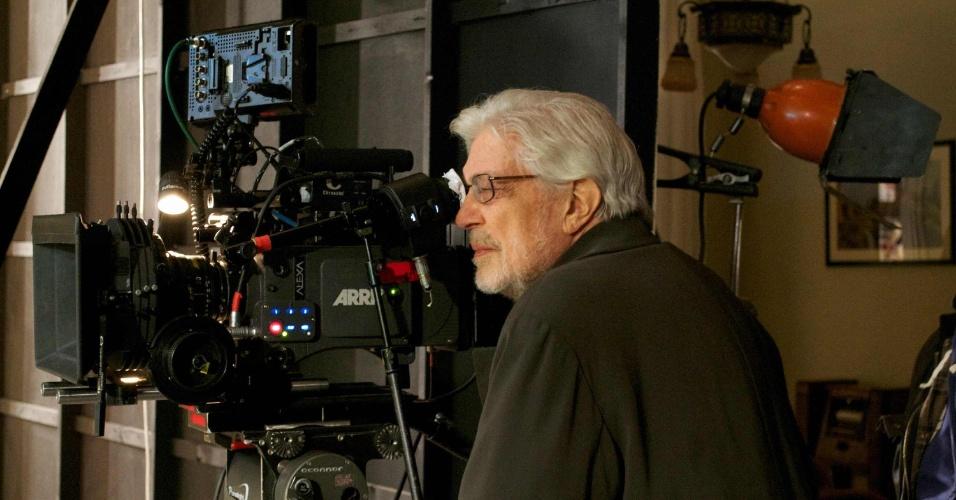 Ettore Scola durante filmagens de