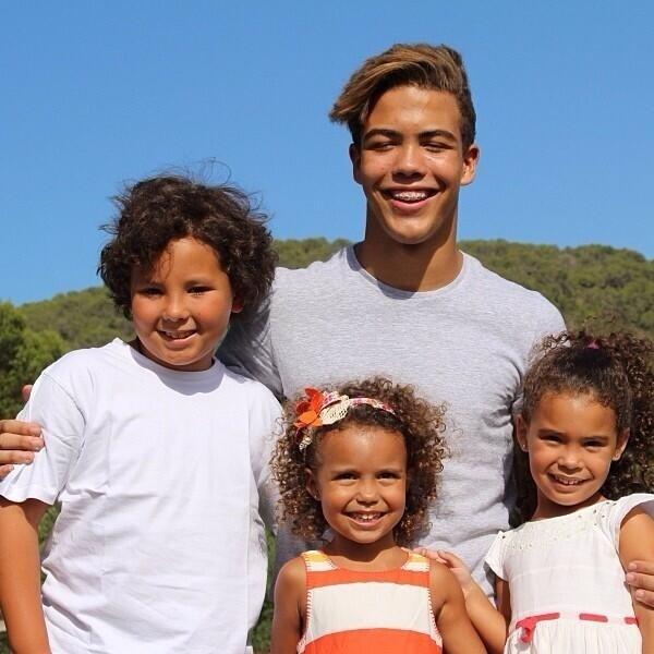 18.out.2013 - Ronaldo posta fotos dos seus filhos Alex, Ronald, Maria Alicia e Maria Sophia
