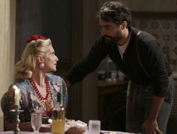 """Em """"Joia Rara"""", Lola e Fabrício quase se beijam em jantar romântico"""