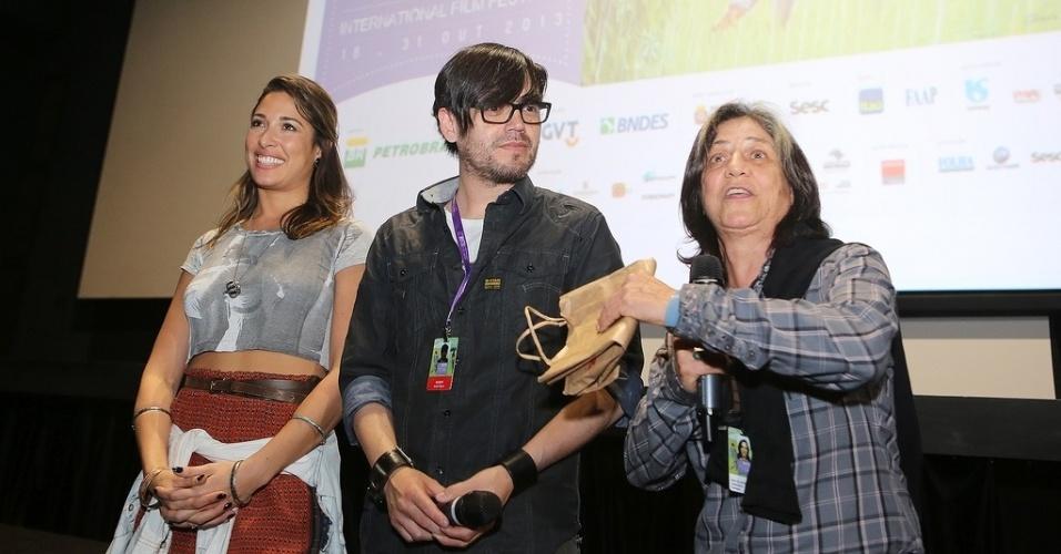 20.out.2013 - A atriz Gisele Itiê, o diretor Jorge Olguín e a produtora Sara Silveira (produtora) falam sobre o filme