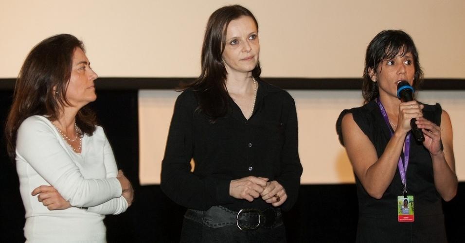20.out.2013 - As atrizez Maria Carlota Bruno e Maria Luiza Mendonça e a diretora Maria Florencia Álvarez apresentam sessão do filme argentino