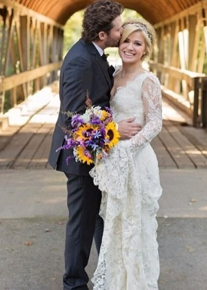 Kelly Clarkson se casou em 2013 com o empresário Brandon Blackstock - Montagem/Reprodução/Twitter