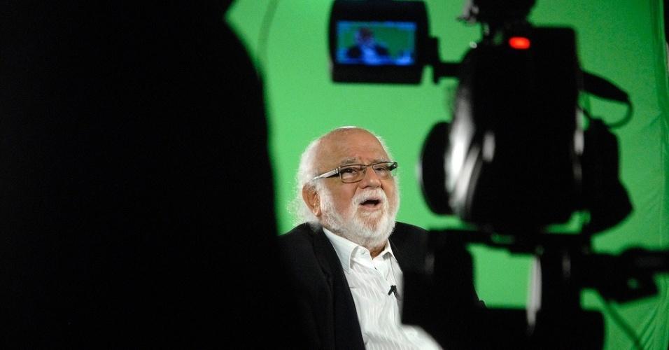 21.out.2013 - O diretor do Sesc São Paulo, Danilo Miranda, fala sobre os filmes que o marcaram no projeto Filmes da Minha Vida, no lounge da Mostra de São Paulo