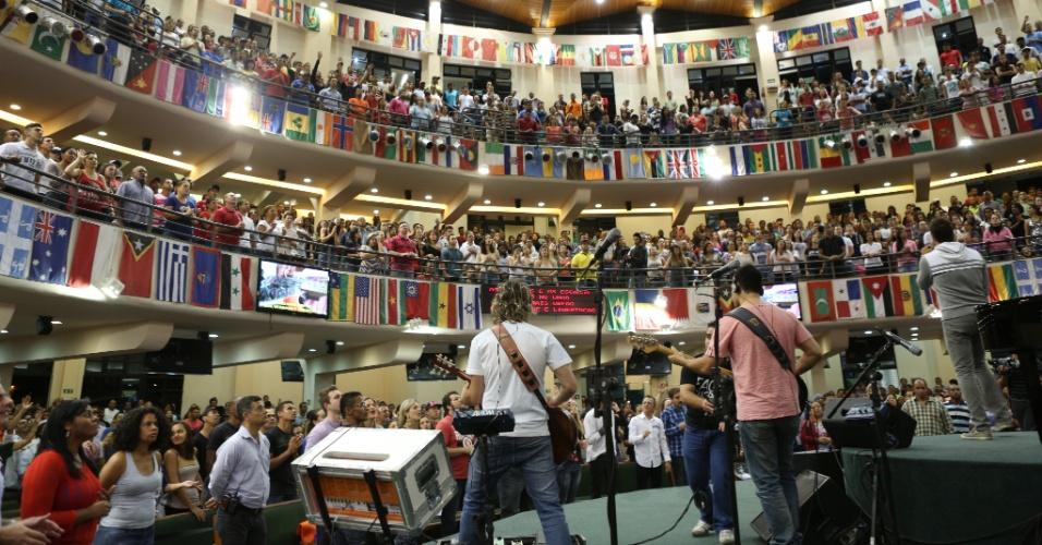 Igreja Batista da Lagoinha, em Belo Horizonte, tem capacidade para 6500 pessoas