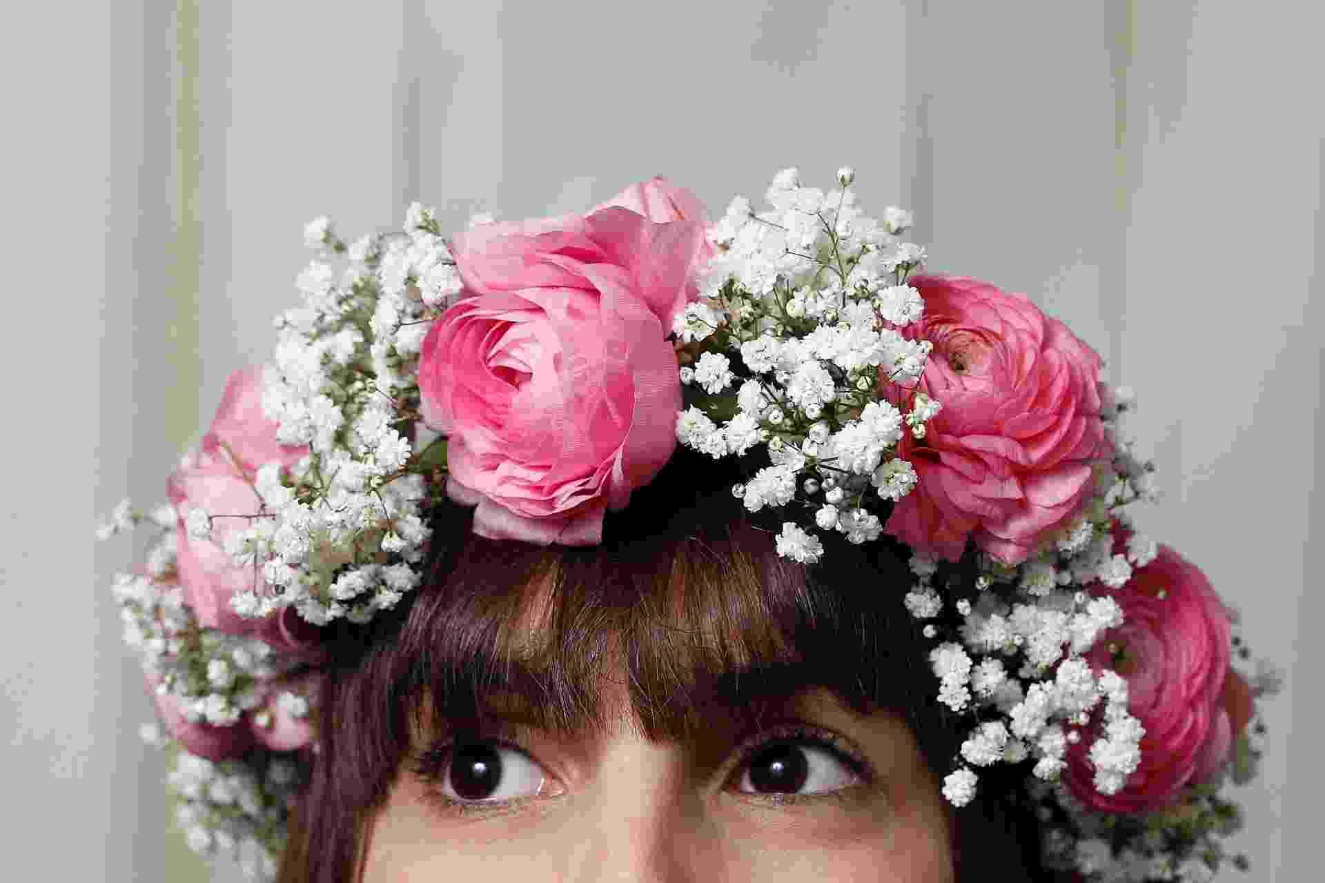 Passo a passo guirlanda de flores - Reinaldo Canato/UOL