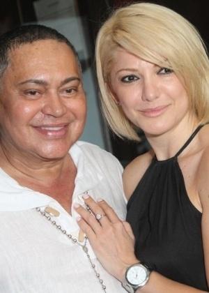 Glaycon Muniz com a apresentadora e atriz Antônia Fontenelle