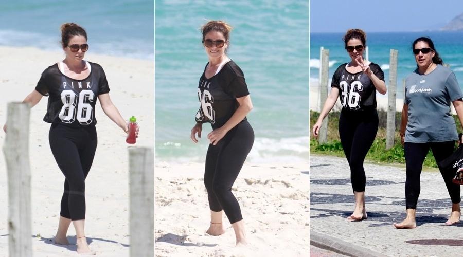 22.out.2013 - Giovanna Antonelli se exercitou na praia da Barra da Tijuca, zona oeste do Rio. A atriz está escalada para