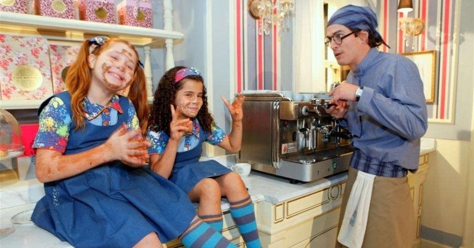 """Em """"Chiquititas"""", crianças armam confusão em café e assustam clientes"""