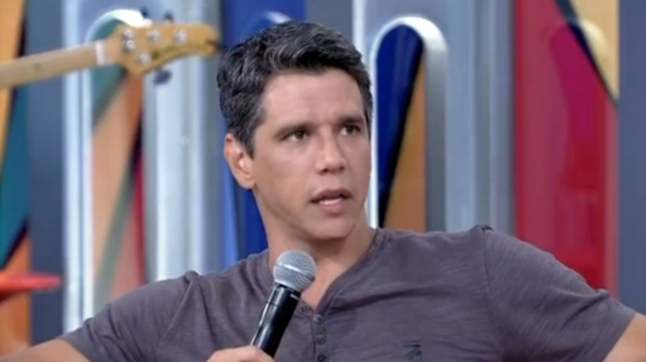 O ator Márcio Garcia em entrevista ao programa