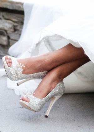 700145c5b Estilistas ensinam truques para deixar sapato da noiva mais confortável