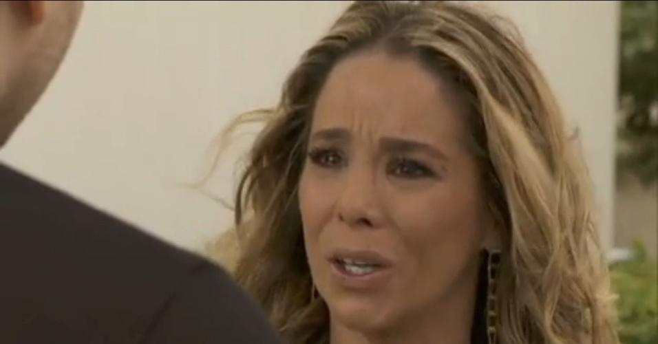 """Em """"Amor à Vida"""", Amarilys diz que quer registrar o bebê e irrita Niko"""