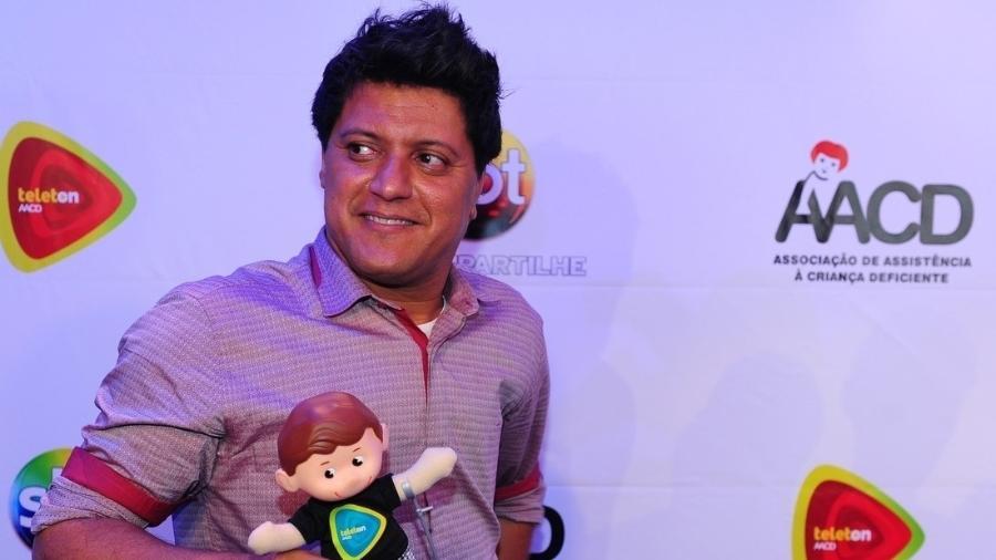 Wellington Camargo, irmão de Zezé di Camargo & Luciano, participou do Teleton 2013 - AgNews