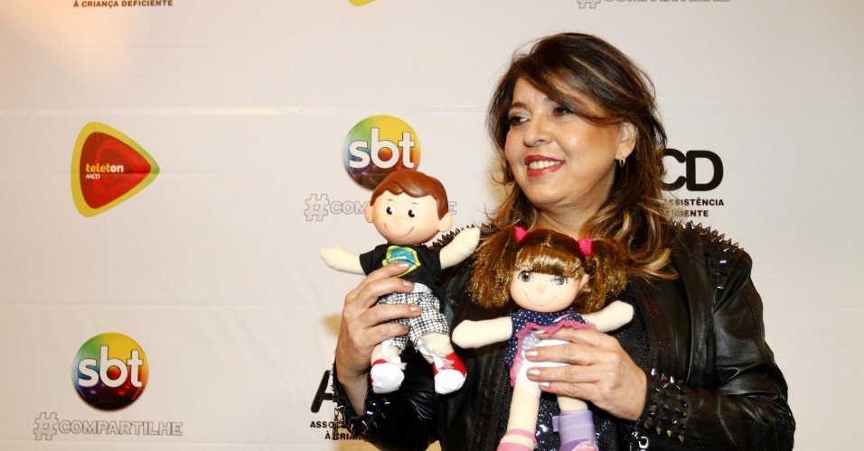 26.out.2013 - Roberta Miranda participou do Teleton 2013. A campanha atingiu a meta e conseguiu arrecadar R$ 26 milhões para a AACD