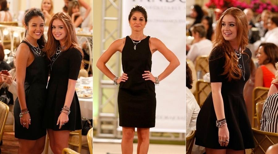 28.out.2013 - As atrizes Yanna Lavigne, Mariana Ruy Barbosa e Chandelly Braz desfilaram a nova coleção de uma marca de joias. O evento aconteceu no hotel Copacabana Palace, no Rio