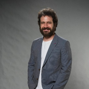 """Caco Ciocler está no elenco de """"Arigatô Amore Mio"""" - Divulgação/TV Globo"""