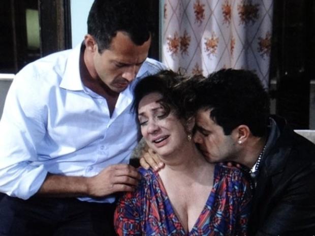 """Em """"Amor à Vida"""", Denizar pede separação ao saber do passado de Ordália"""