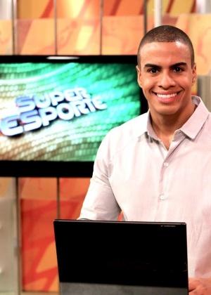 """Thiago Oliveira, ex-apresentador do """"Super Esporte"""" da TV Gazeta"""