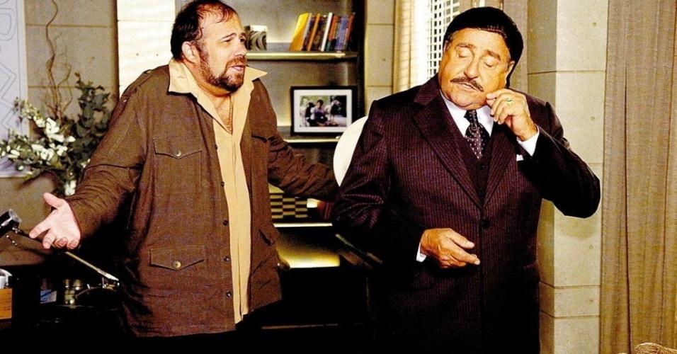 """4.nov.2008 - Os atores Otávio Muller e Luís Gustavo (à dir.) em cena da novela """"Três Irmãs"""" da Rede Globo"""