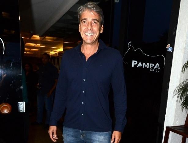 """4.nov.2013 - Alexandre Borges também volta à TV depois de """"Avenida Brasil"""". Na trama ele é o empresário Thomaz, casado com Inês (Maria Luísa Mendonça)"""