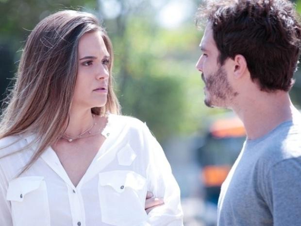 """Em """"Além do Horizonte"""", Lili procura William para saber mais sobre desaparecimento de seu pai"""