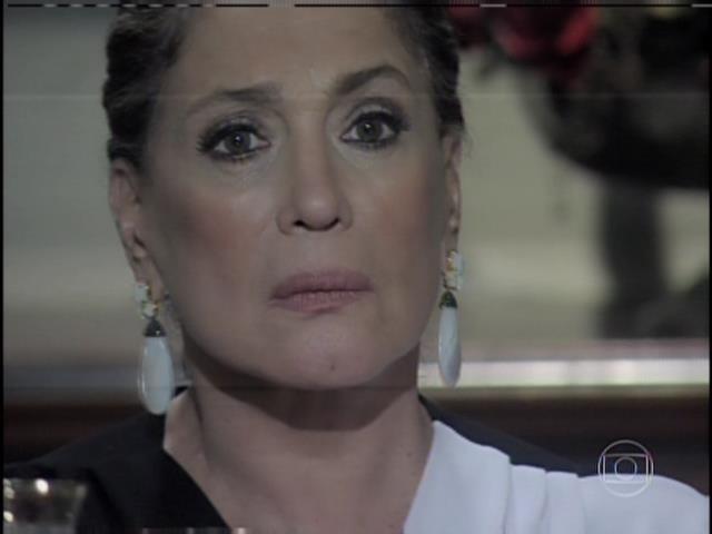 Pilar fica surpresa com a notícia