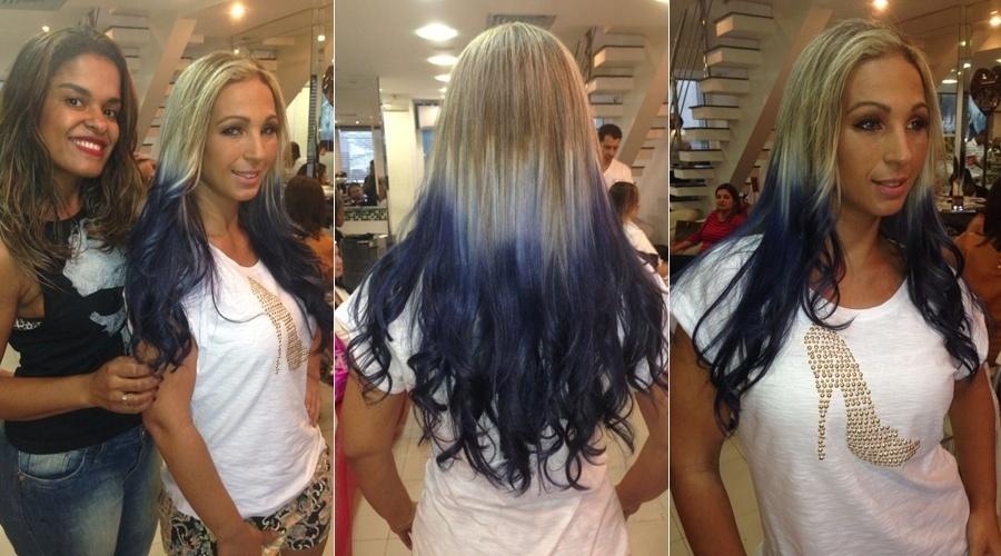 5.nov.2013 - Valesca Popozuda tingiu os cabelos de azul durante visita a um salão de beleza no Rio