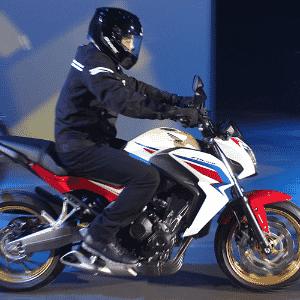 Honda CB 650F - Artur Caldeira/Infomoto