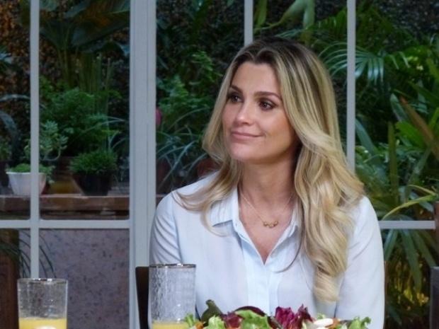 """Em """"Além do Horizonte"""", Heloísa fala sobre LC e diz que casou com um estranho"""
