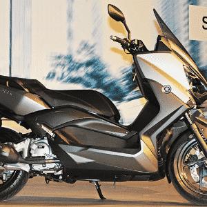 Yamaha  X-Max 125 250 cc - Arthur Caldeira/Infomoto