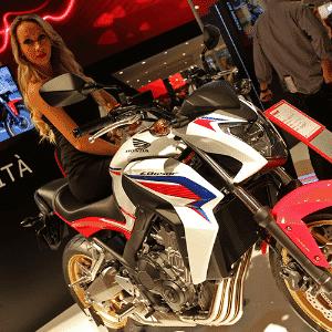 Honda CB 650F - Arthur Caldeira/Infomoto