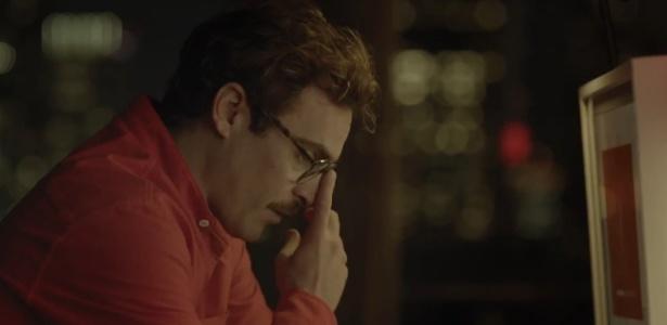 """Joaquin Phoenix em cena do filme """"Ela"""", de Spike Jonze - Reprodução"""
