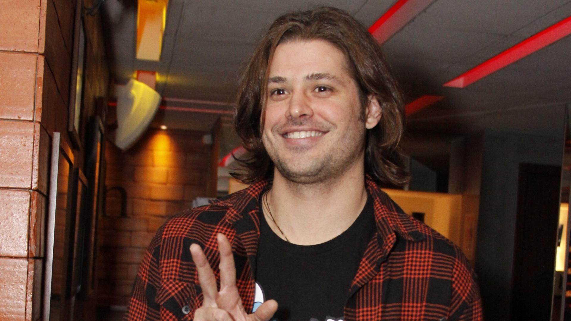13.ago.2012 - Dado Dolabella em uma festa no Barzin, no Rio de Janeiro