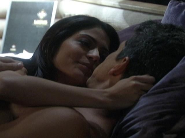 """Em """"Amor à Vida"""", Michel e Patrícia vão ao mesmo hotel que Sílvia e Guto"""