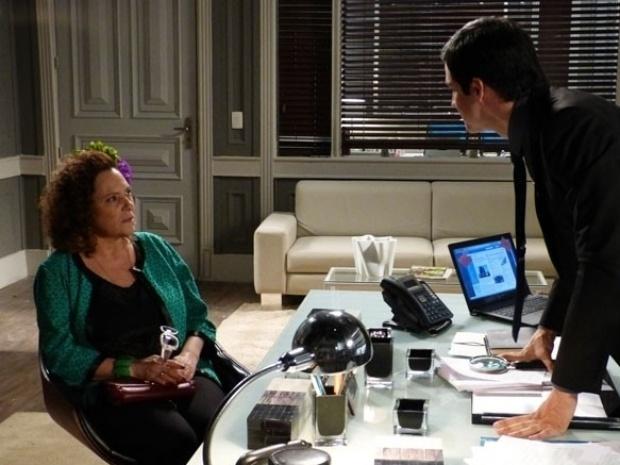 """Em """"Amor à Vida"""", Márcia chama Félix de """"meu menininho"""""""
