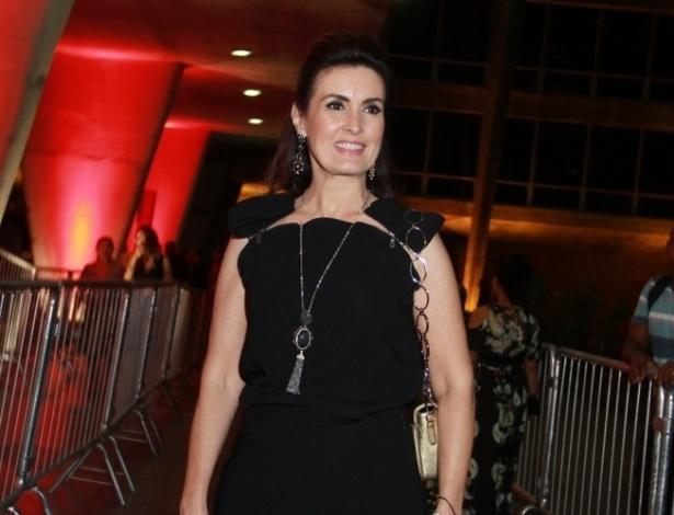 12.nov.2013 - Fátima Bernardes prestigiou a 15ª edição do Prêmio Extra de Televisão. O evento aconteceu em uma casa de shows do Rio