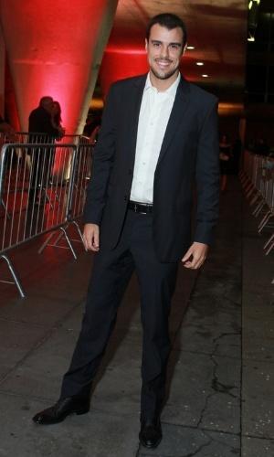 12.nov.2013 - Joaquim Lopes prestigiou a 15ª edição do Prêmio Extra de Televisão. O evento aconteceu em uma casa de shows do Rio