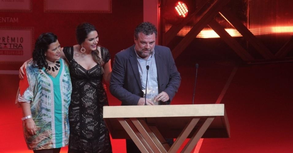 """12.nov.2013 - Adriano Garib vence na categoria ator revelação pelo Russo em """"Salve Jorge"""""""