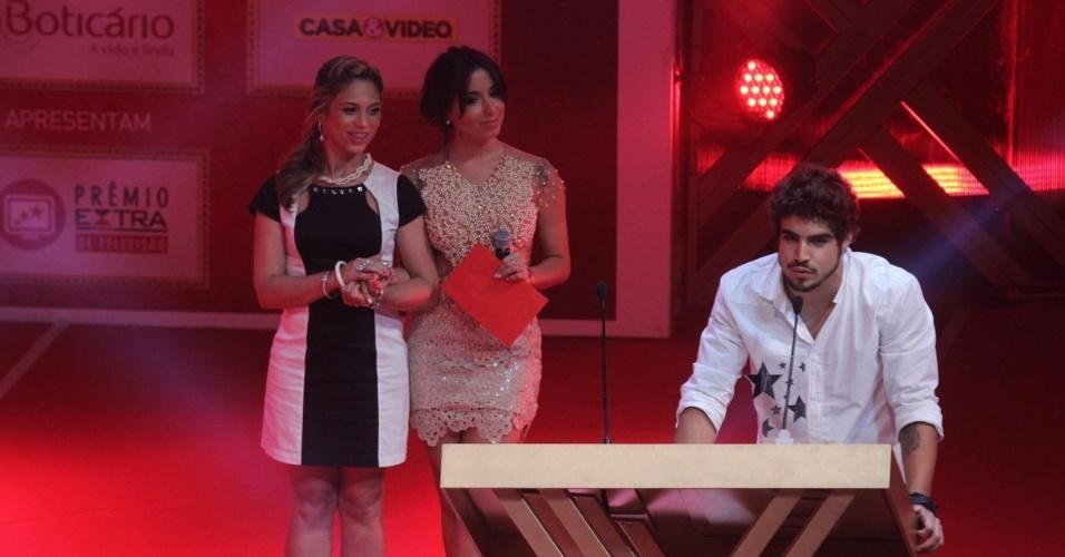 12.nov.2013 - Caio Castro venceu na categoria ídolo teen